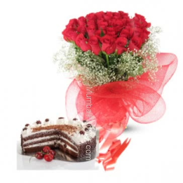 A gift for Annieversary a Bunch of 20 Red Roses and Half kg Black forest cake