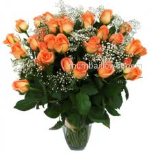 Vase with 40 Stems of Orange Roses to make your evening romantic