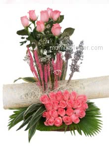 The great Arrangement of 40 Pink Roses A delightful way to send your warmest wishes!