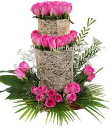 A artistic most beautiful fantastic Arrangement of 50 Pink Roses specially by designer florist.