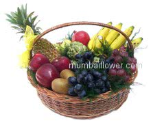 A basket of mixed fresh fruits a wonderful gift!