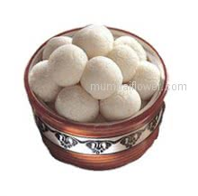 Classic array of Bengoli sweets Rasgulla 1 Kg.