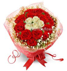 Beautiful gift for your love to make yours, Bunch of 30 Valentine Red and White Roses
