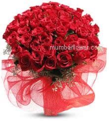 Gift Bunch of 50 Valentines Day Red Roses to your Love