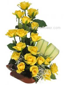A yellow rose is symbol of friendship and freedom Bouquet of 20 Yellow Roses   for your loved ones nicely decorated.