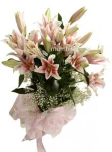 Bunch of 5 Pink lilies nicely decorated with ribbons