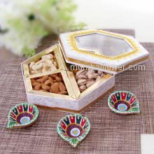 Deepavali Dry Fruits Mixed in Decorative Box with 3pc Decorative Diya for your special ones. Contains 250gms of Mixed Dry Fruits and 3pc Decorative Diyas
