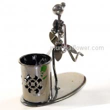 Gift Metal Figure Pend Holder with Girl in dancing figure <br><br> Size: 12cm x 12cm x 07cm approximately.