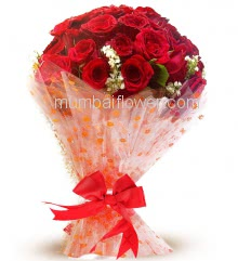 Hand Bunch of 30 Red Roses nicely decorated with exclusive packing